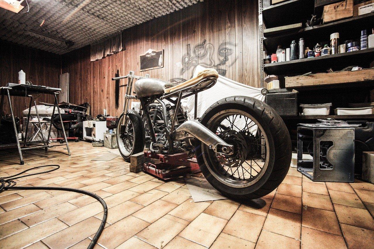 Que faire avec une moto qui démarre mal à chaud ?